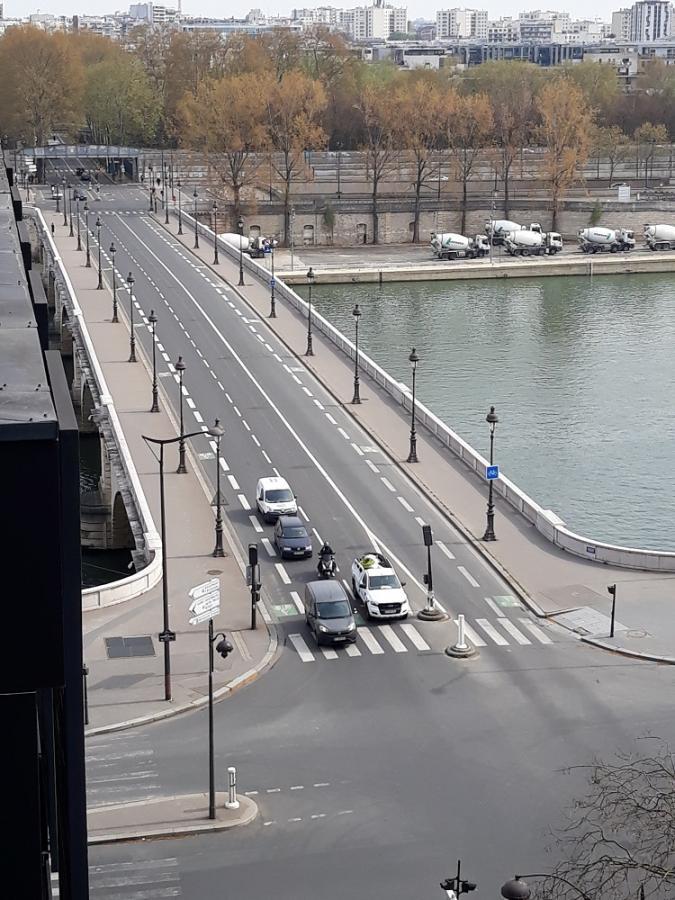 #AMAFENETRE Claire, Paris 13e, Pont de Tolbiac, 7 avril