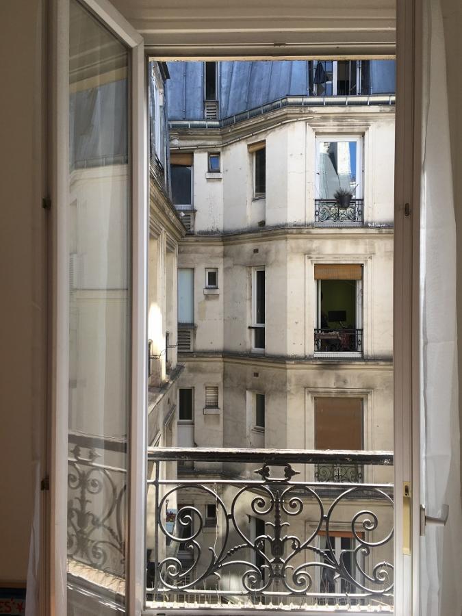 #AMAFENETRE Hélène, Paris, 5 avril