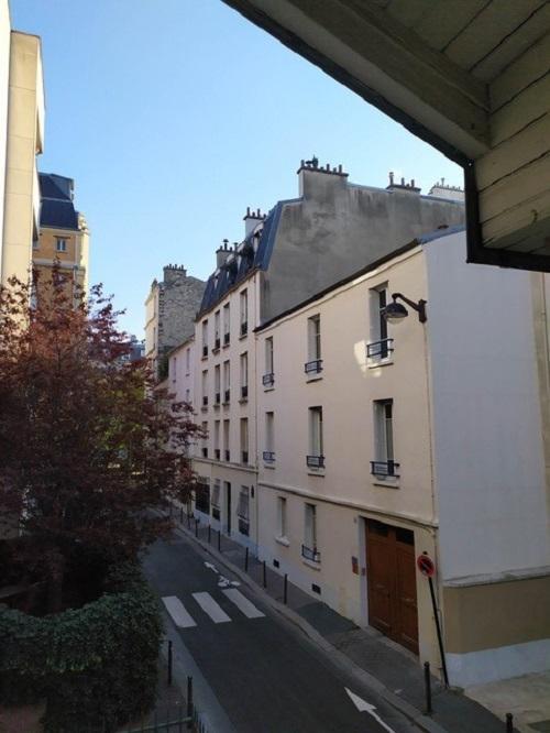 #AMAFENETRE Mireille, Paris, 22 avril