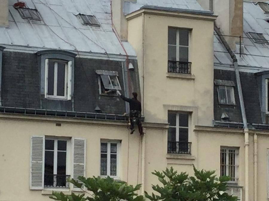 #AMAFENETRE Ugo, Paris 10e, 28 avril