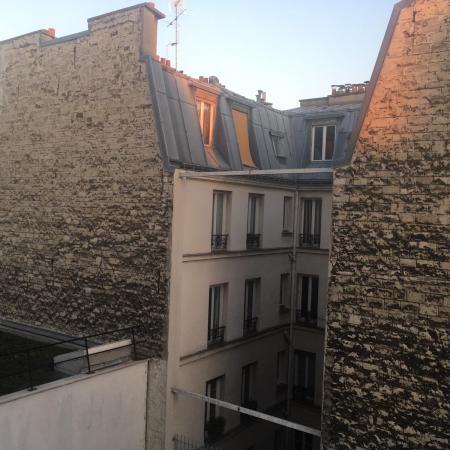 #AMAFENETRE France, Paris 11e, 26 mars