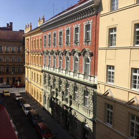 #AMAFENETRE Gabrielle, Prague, 27 mars