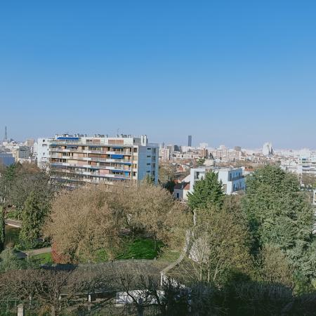#AMAFENETRE Nadia, Malakoff, 26 mars / Vue sur Paris de ma fenêtre